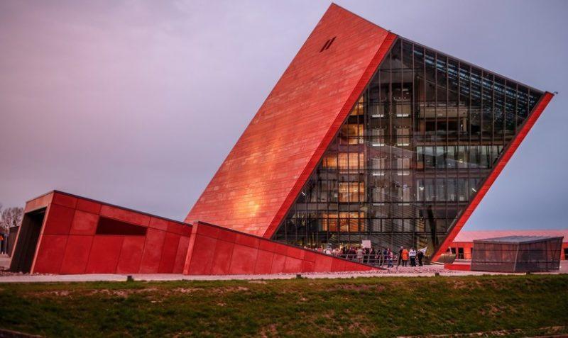 Muzeum II Wojny Światowej w Gdańsku jako inwestycja w historię i nasze dziedzictwo?