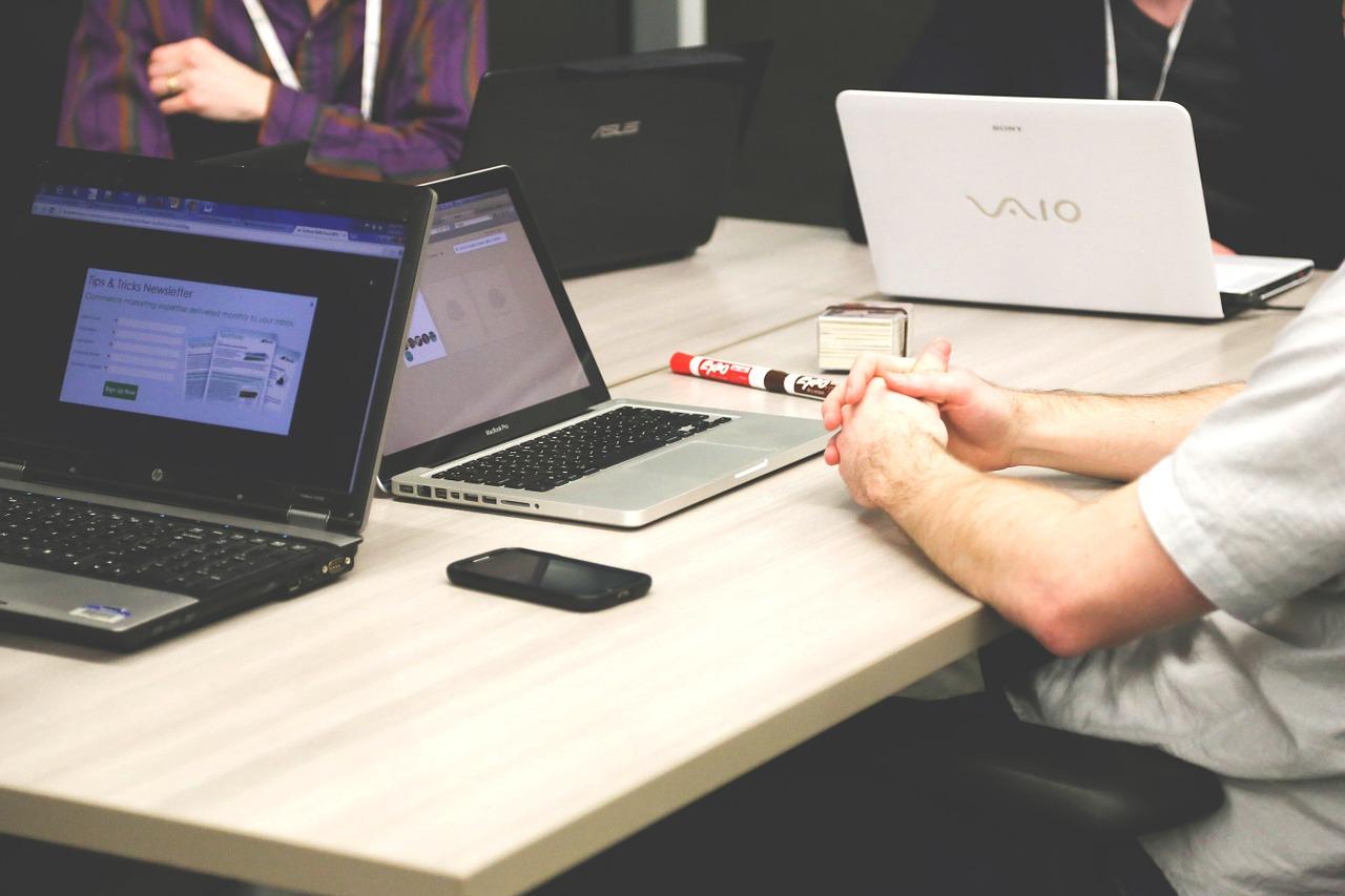 10 najlepszych laptopów biznesowych do 4 tysięcy złotych