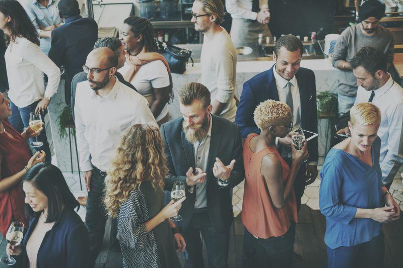 Ilu ludzi musisz znać, by rozkręcić mały biznes w IT?