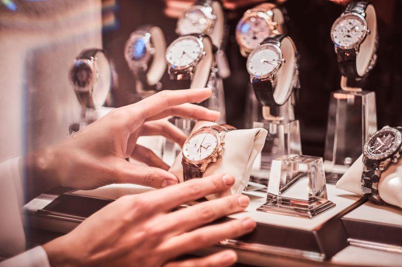 Jaki zegarek do 500 złotych? 5 pomysłów na prezent!